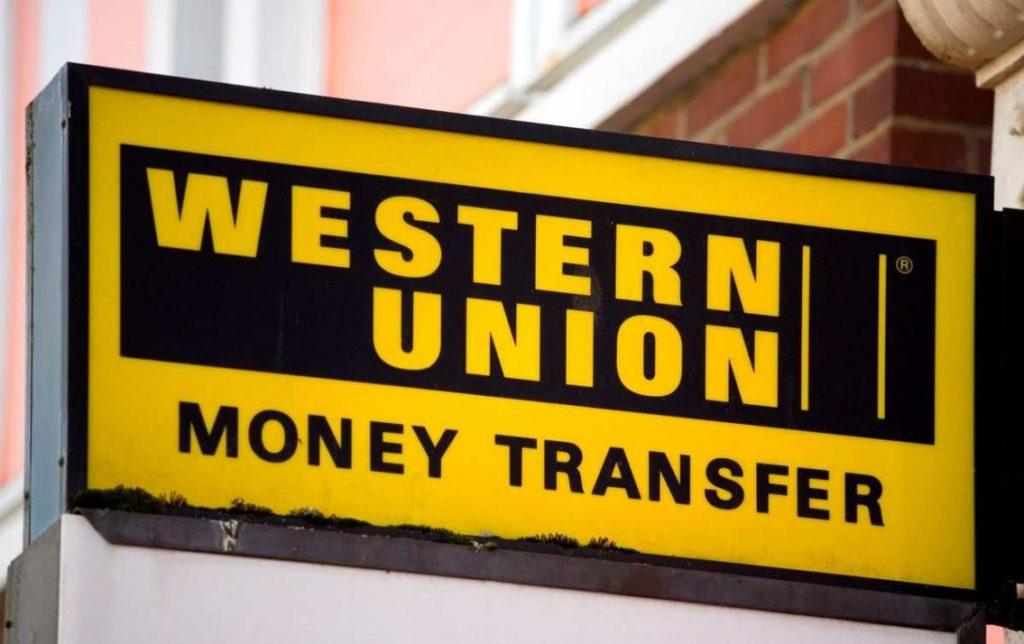 Chuyển tiền qua ngân hàng quốc tế